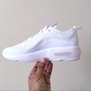 Nike Shoes - Nike Air Max Dia Special Edition Women Size 9.5